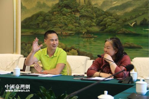 福州市台協會榮譽會長陳秀容、艾倫美語總經理李正能